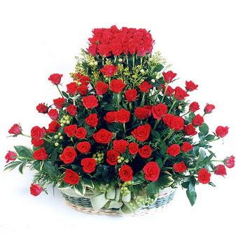 Bartın kaliteli taze ve ucuz çiçekler  41 adet kirmizi gülden sepet tanzimi