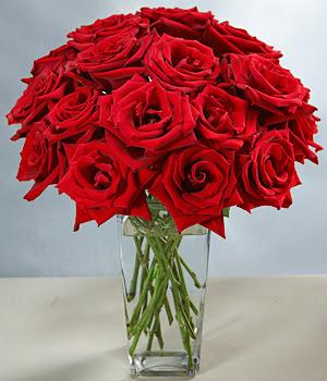 Bartın çiçek siparişi sitesi  Sevdiklerinize özel ürün 12 adet cam içerisinde kirmizi gül  Bartın hediye çiçek yolla
