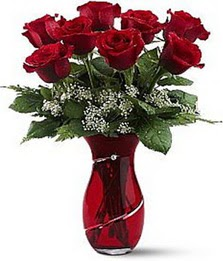 Vazo içinde 8 adet kirmizilar içinde güller  Bartın internetten çiçek siparişi