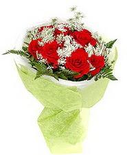 Bartın çiçek , çiçekçi , çiçekçilik  7 adet kirmizi gül buketi tanzimi