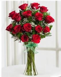 Cam vazo içerisinde 11 kırmızı gül vazosu  Bartın anneler günü çiçek yolla