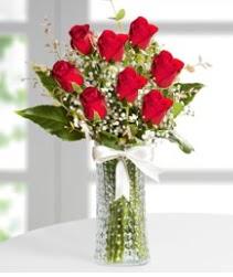 7 Adet vazoda kırmızı gül sevgiliye özel  Bartın çiçek siparişi sitesi