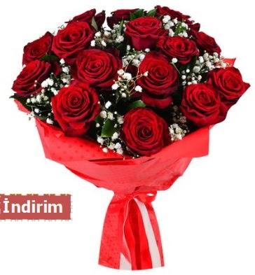 12 Adet kırmızı aşk gülleri  Bartın çiçek satışı