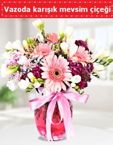Vazoda karışık mevsim çiçeği  Bartın çiçek , çiçekçi , çiçekçilik