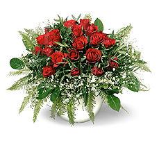 Bartın 14 şubat sevgililer günü çiçek  mika yada cam vazoda 11 adet kirmizi gül