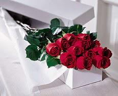 Bartın çiçek satışı  özel kutuda 12 adet gül