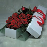 Bartın online çiçek gönderme sipariş  11 adet gülden kutu