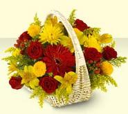Bartın 14 şubat sevgililer günü çiçek  sepette mevsim çiçekleri