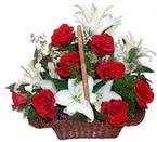 sepette gül ve kazablankalar   Bartın çiçekçi mağazası