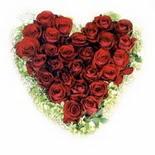 kalp biçiminde 15 gülden   Bartın güvenli kaliteli hızlı çiçek