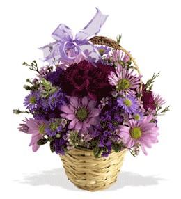 Bartın uluslararası çiçek gönderme  sepet içerisinde krizantem çiçekleri