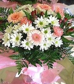 Bartın hediye çiçek yolla  karma büyük ve gösterisli mevsim demeti