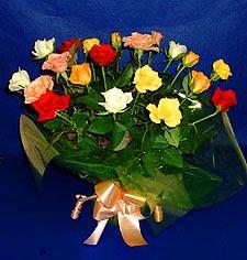 Bartın hediye çiçek yolla  13 adet karisik renkli güller