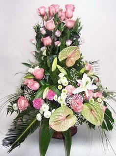 Bartın ucuz çiçek gönder  özel üstü süper aranjman