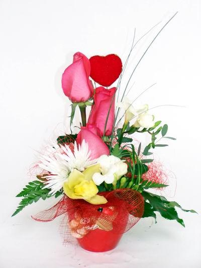 Bartın ucuz çiçek gönder  cam içerisinde 3 adet gül ve kir çiçekleri