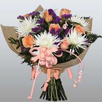 güller ve kir çiçekleri demeti   Bartın çiçekçiler
