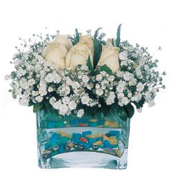 Bartın çiçekçi mağazası  mika yada cam içerisinde 7 adet beyaz gül