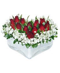 Bartın internetten çiçek siparişi  mika kalp içerisinde 9 adet kirmizi gül