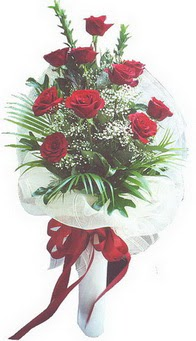 Bartın hediye çiçek yolla  10 adet kirmizi gülden buket tanzimi özel anlara