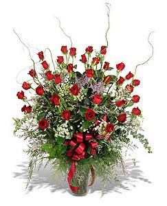 Bartın çiçek siparişi sitesi  33 adet kirmizi gül vazo içerisinde