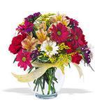 Bartın çiçek , çiçekçi , çiçekçilik  cam yada mika vazo içerisinde karisik kir çiçekleri