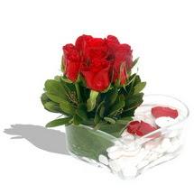 Mika kalp içerisinde 9 adet kirmizi gül  Bartın çiçek servisi , çiçekçi adresleri