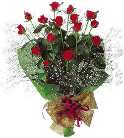 11 adet kirmizi gül buketi özel hediyelik  Bartın çiçekçi mağazası