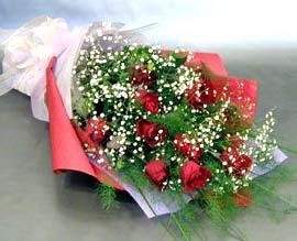 10 adet kirmizi gül çiçegi gönder  Bartın anneler günü çiçek yolla