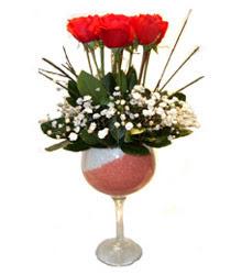 Bartın çiçekçiler  cam kadeh içinde 7 adet kirmizi gül çiçek
