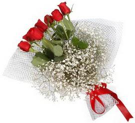 7 adet essiz kalitede kirmizi gül buketi  Bartın hediye sevgilime hediye çiçek