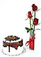 Bartın çiçek siparişi vermek  vazoda 3 adet kirmizi gül ve yaspasta