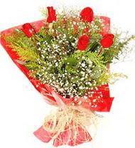 Bartın anneler günü çiçek yolla  5 adet kirmizi gül buketi demeti
