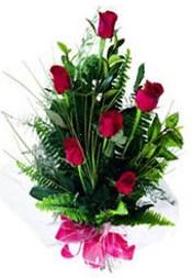 Bartın güvenli kaliteli hızlı çiçek  5 adet kirmizi gül buketi hediye ürünü