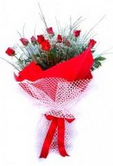 Bartın İnternetten çiçek siparişi  9 adet kirmizi gül buketi demeti