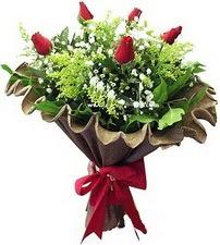 Bartın online çiçek gönderme sipariş  5 adet kirmizi gül buketi demeti