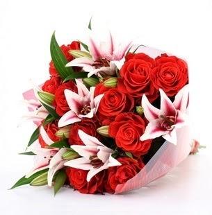 Bartın çiçek siparişi vermek  3 dal kazablanka ve 11 adet kırmızı gül