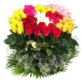 Bartın çiçek mağazası , çiçekçi adresleri  51 adet renkli güllerden aranjman tanzimi