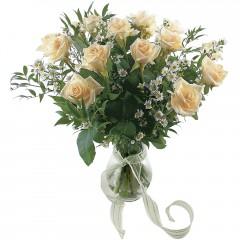 Vazoda 8 adet beyaz gül  Bartın 14 şubat sevgililer günü çiçek