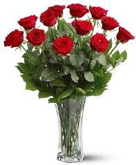11 adet kırmızı gül vazoda  Bartın internetten çiçek siparişi