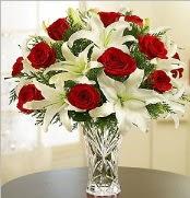 12 adet kırmızı gül 2 dal kazablanka vazosu  Bartın çiçek satışı