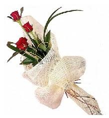 3 adet kırmızı gül buketi  Bartın güvenli kaliteli hızlı çiçek