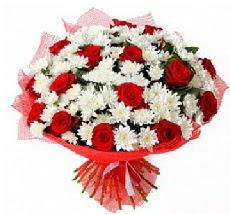11 adet kırmızı gül ve 1 demet krizantem  Bartın çiçek mağazası , çiçekçi adresleri