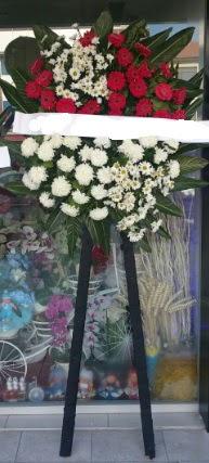 Cenaze çiçeği cenaze çiçek modelleri  Bartın çiçek siparişi sitesi