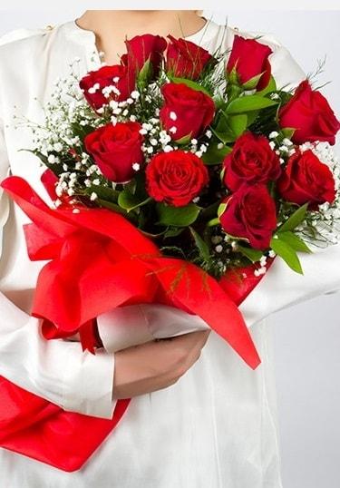 Aşk Gülleri 11 Adet kırmızı gül buketi  Bartın çiçekçi telefonları