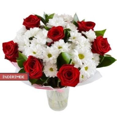 7 kırmızı gül ve 1 demet krizantem  Bartın çiçek gönderme sitemiz güvenlidir